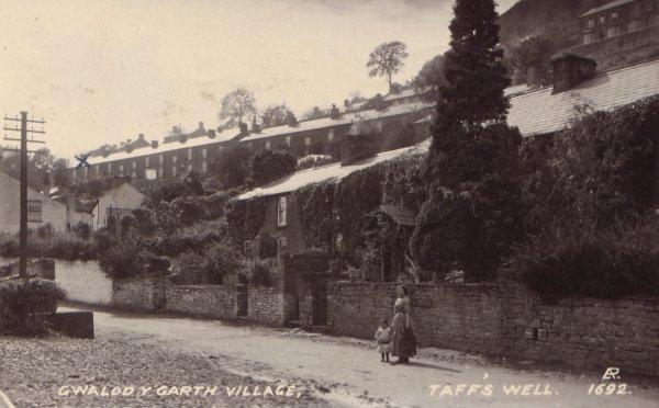 gwaelodvillage